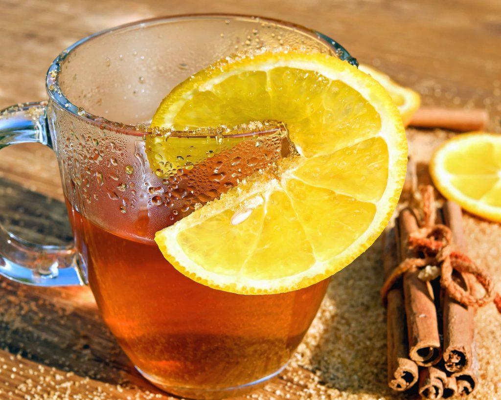 tea with cinnamon and lemon