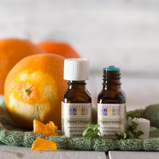 Peppermint and Sweet Orange Essential Oil Diffusion