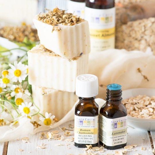 Aura Cacia Oatmeal Soap with Chamomile Essential Oil