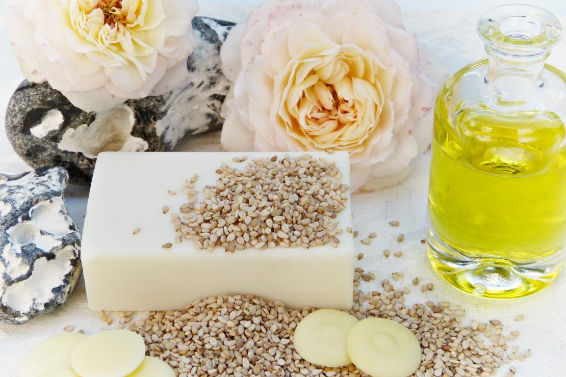 Premium wholesale soaps use rose petals and other natural ingredients