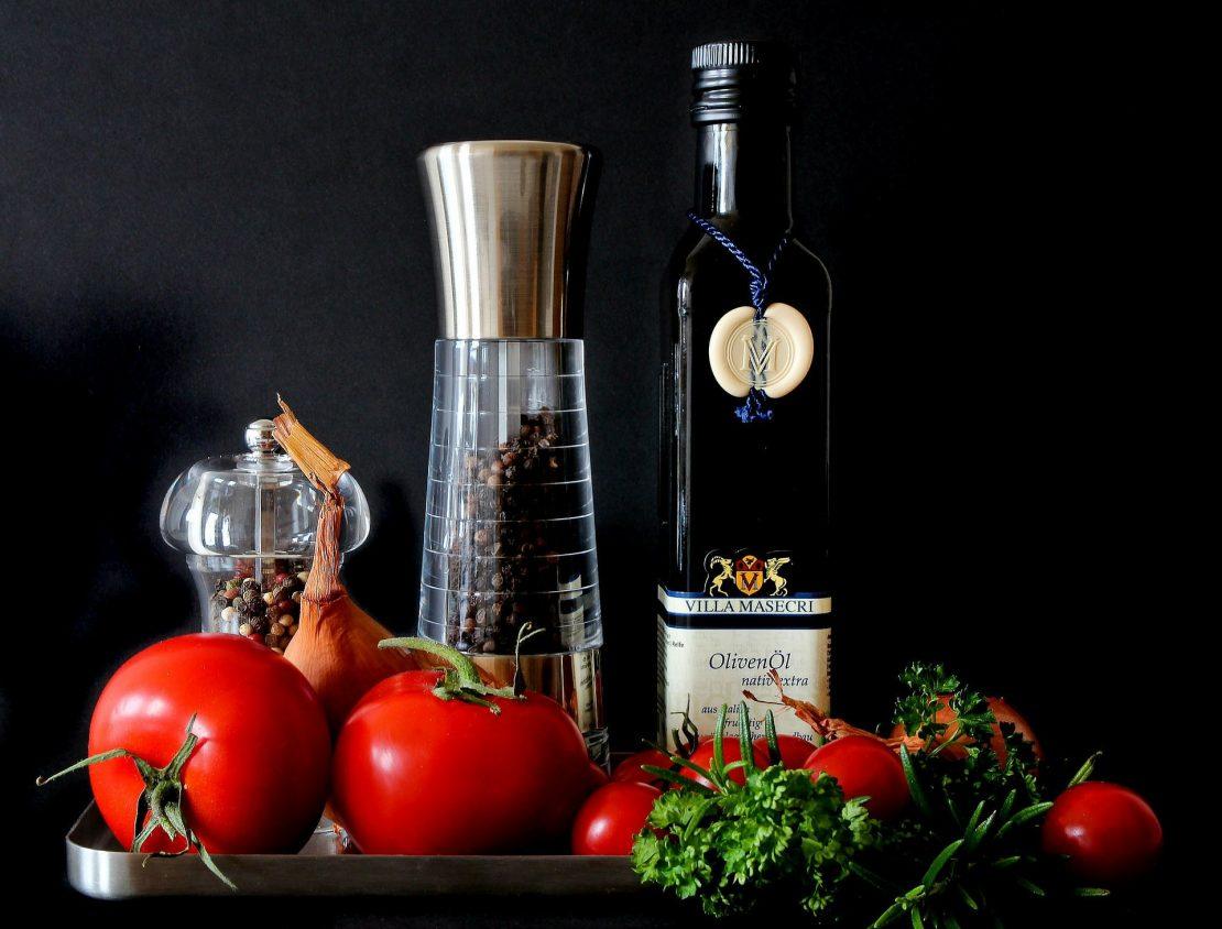 Herbs used in mediterranean cuisine