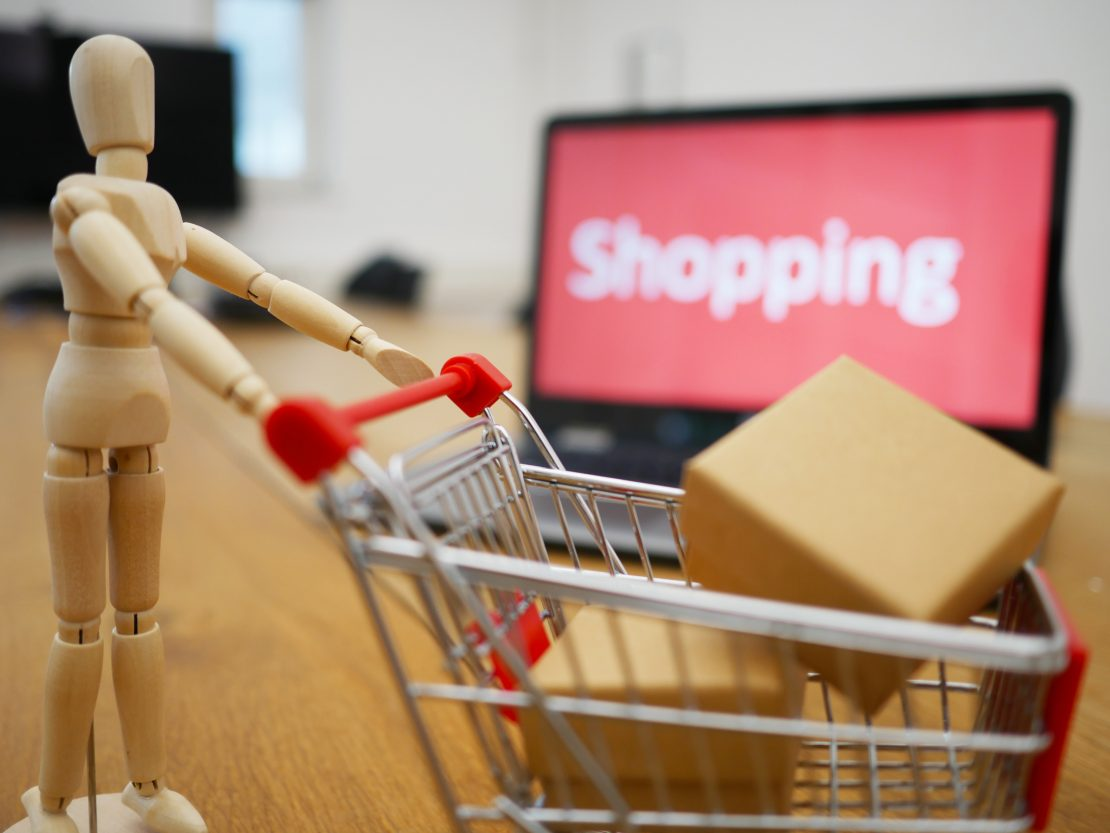 Dropshipping is an excellent way to provide online shoppers with a positive experience