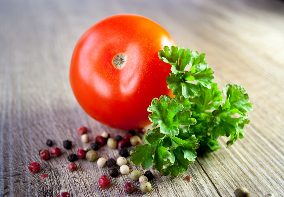 Tomato with parsley