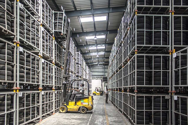 Wholesale distributors can help you source products for dropshipping