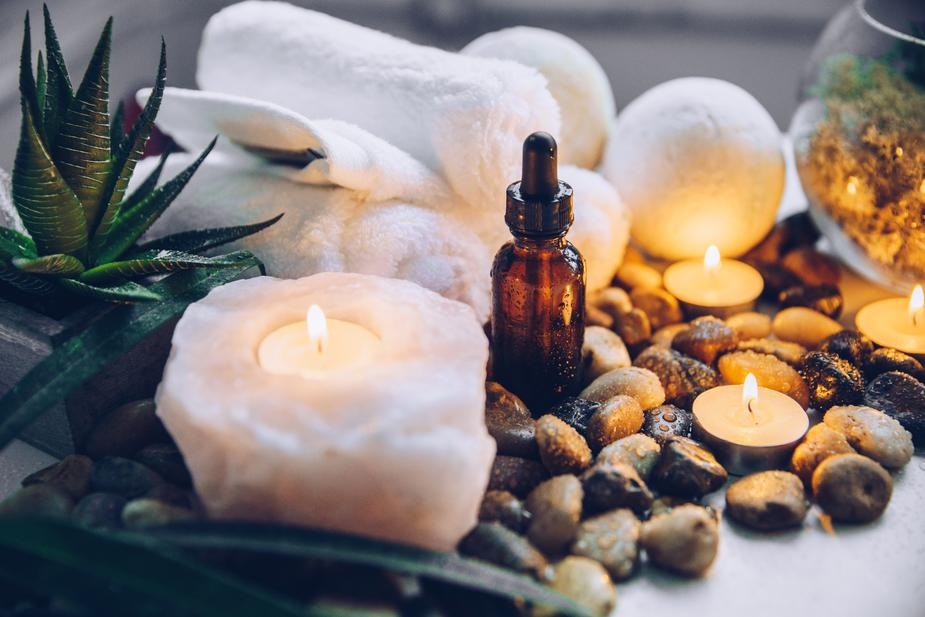 Wholesale bulk essential oils suppliers