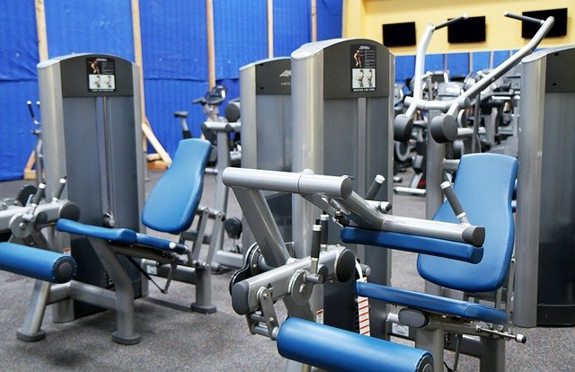 Dropshipping in the fitness niche may also include bulky and heavy exercise equipment.