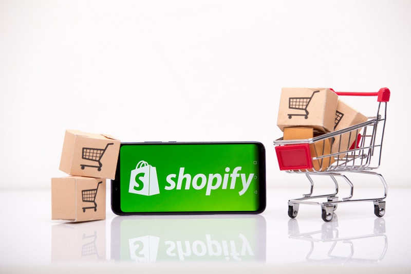 How to start reselling on Shopify.