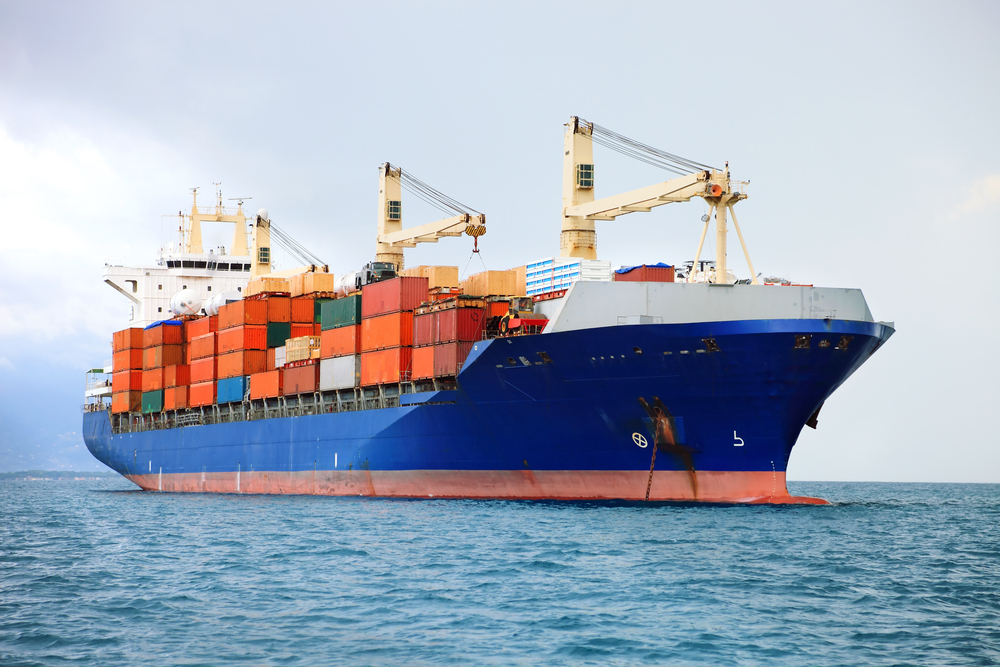 a boat from overseas carrying dropshipping cargo